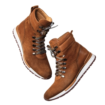Incline Sneaker Boot
